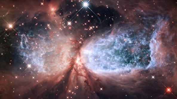 Hubble-Cosmic