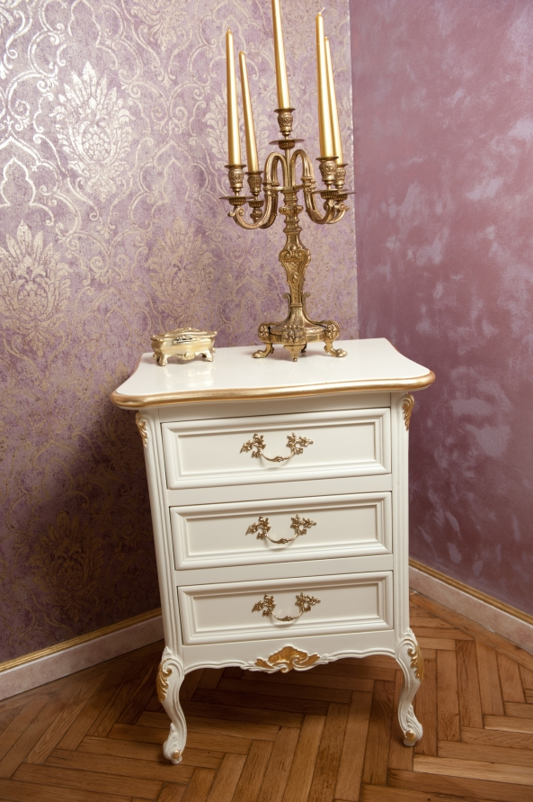 Depositphotos_50887641_l-2015 gold and white nightstand